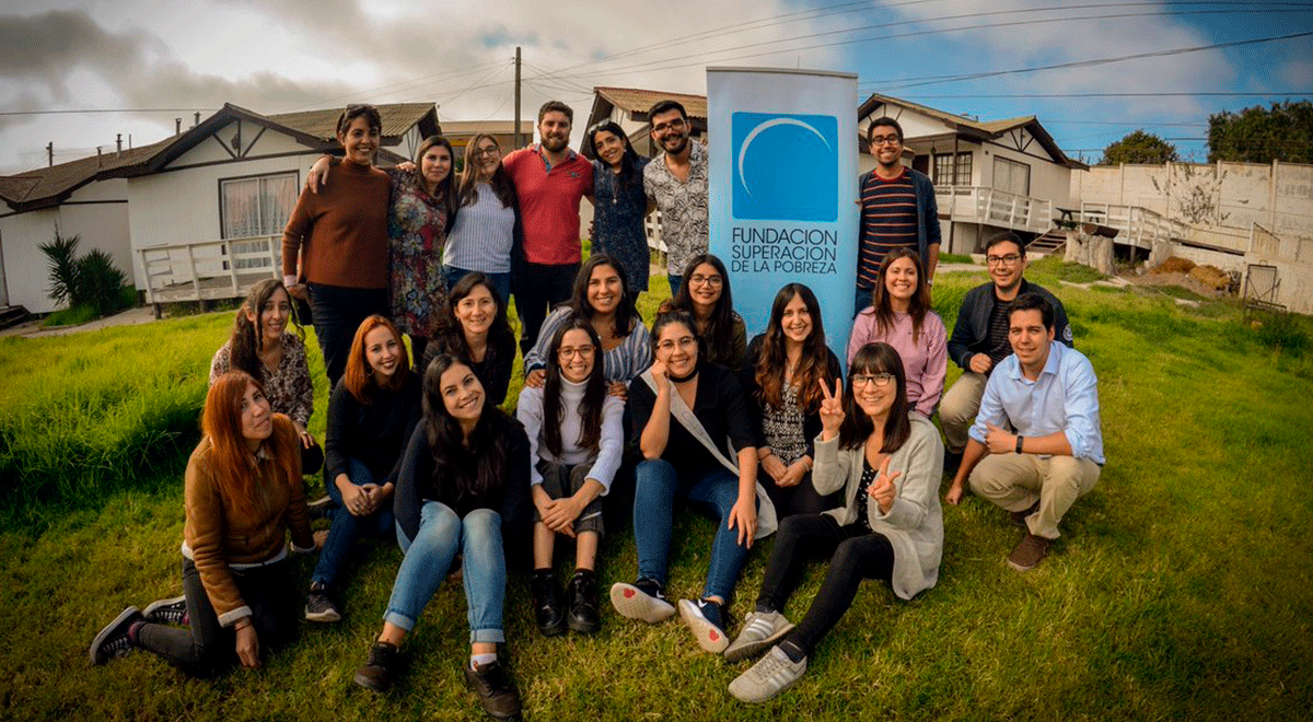 El 70% de los profesionales de Servicio País sigue trabajando en temáticas sociales luego de su paso por esta experiencia.